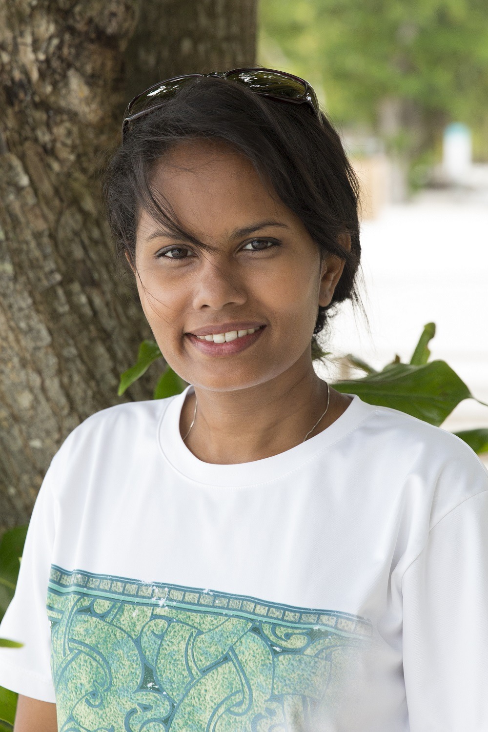 maldivian woman