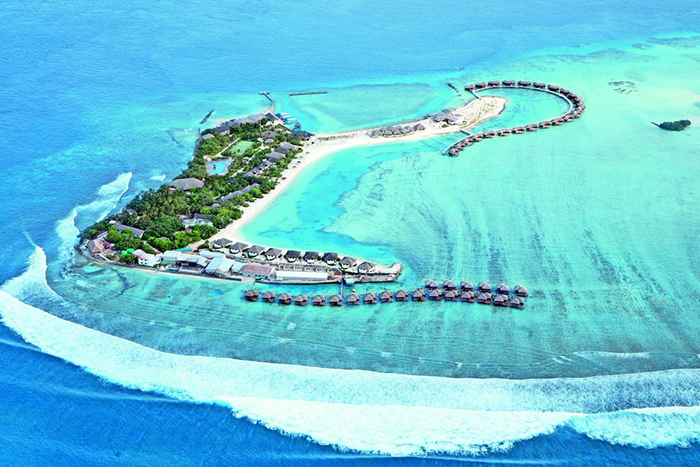 investment in maldives tourism Saudi arabia's king salman bin abdulaziz has postponed an official visit to the maldives amid a storm of protest over the oil-rich kingdom's plans for investment in the indian ocean state the maldives government blamed the postponement on an outbreak of swine flu, which has seen 105 people.