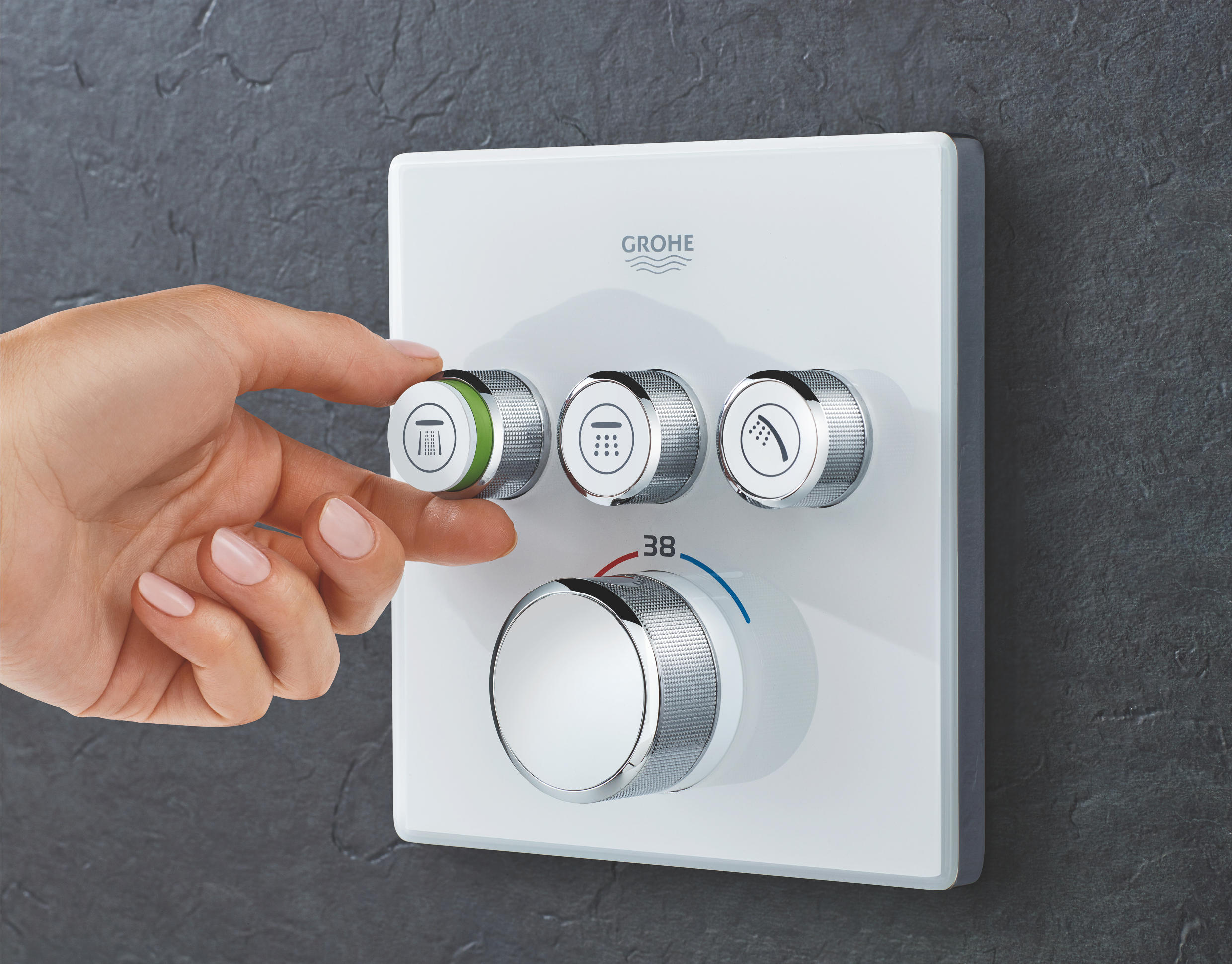 GROHE SmartControl – 3D showering at a whole new level |