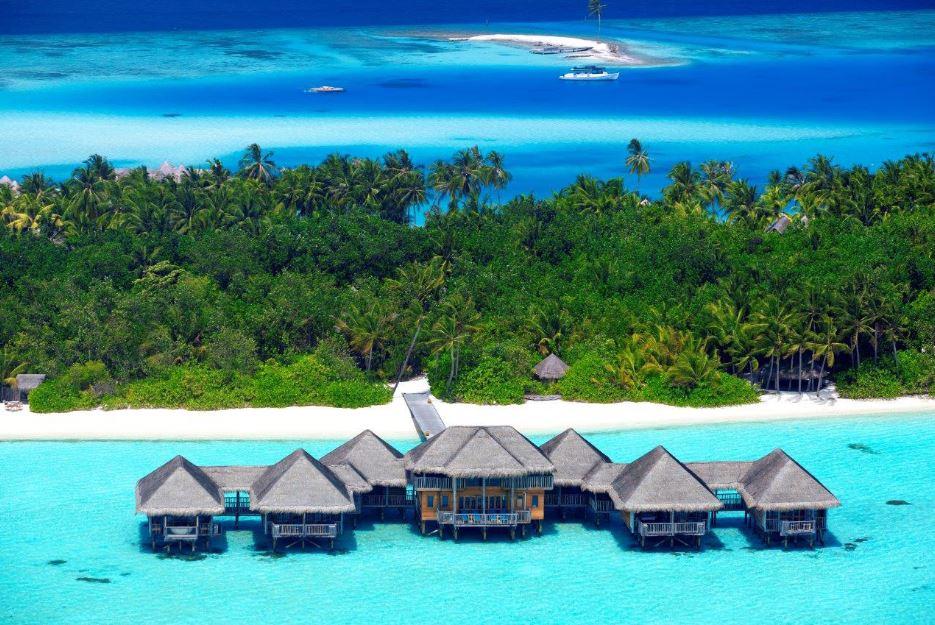 secret wedding experience with gili lankanfushi