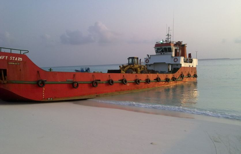 HeavyLoad Maldives: solutions for marine construction ...