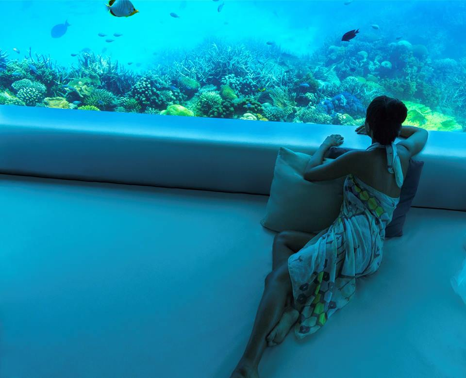 Teresa tarmey sets up underwater spa residency at huvafen for Maldivas hotel bajo el agua