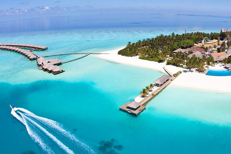 Kurumba maldives named best all inclusive resort in the for Number one all inclusive resort