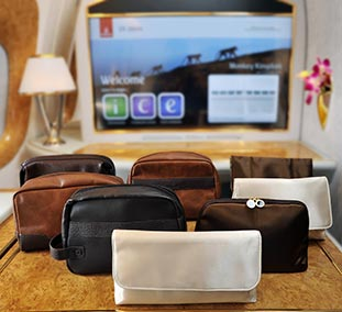 Trustful Emirates Amenity Bag In-flight Gifts/ Amenity Kits Transportation Collectables