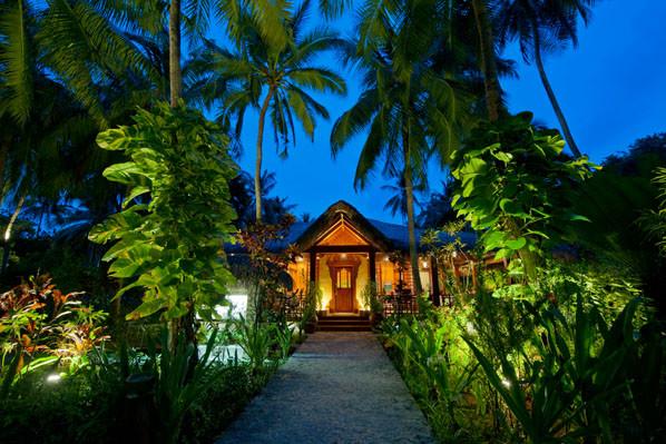 Kuramathi Island Resort debuts new menu at re-styled Siam Garden ...